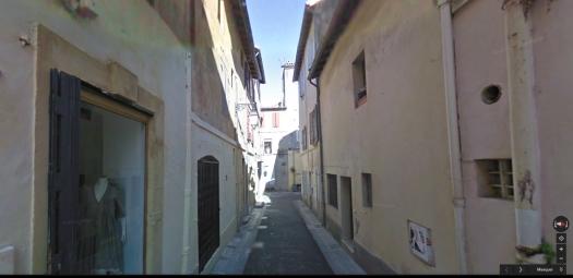 arles streetview